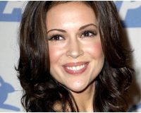 Former NFL Star Slams Alyssa Milano for Pro-Choice Stance, Says She's Either Racist or Ignorant