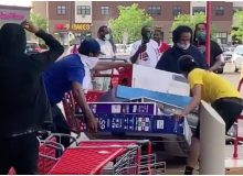 Looters Steal 'TV's & Groceries, Clothes' After the Death of George Floyd In Minnesota (Watch)