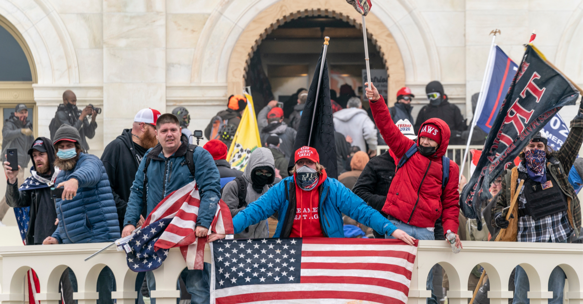 FBI Informants Stormed Capitol on Jan. 6th, Muddying MSM Narrative