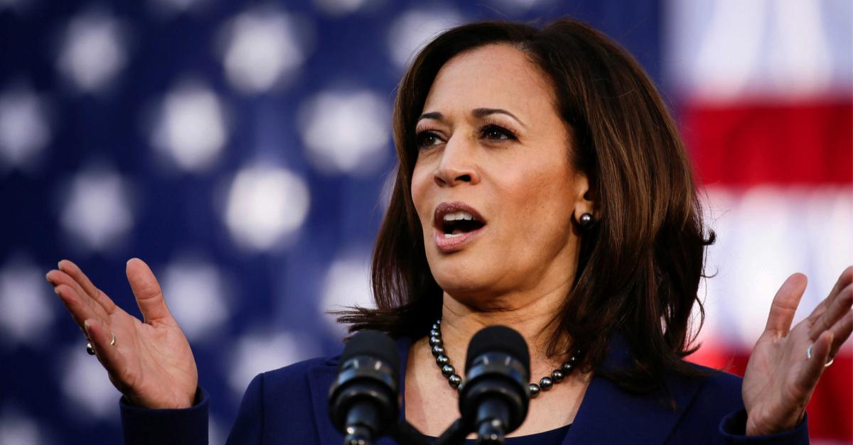 Democrats Hold 'Crisis Dinner' as Kamala's Popularity Implodes